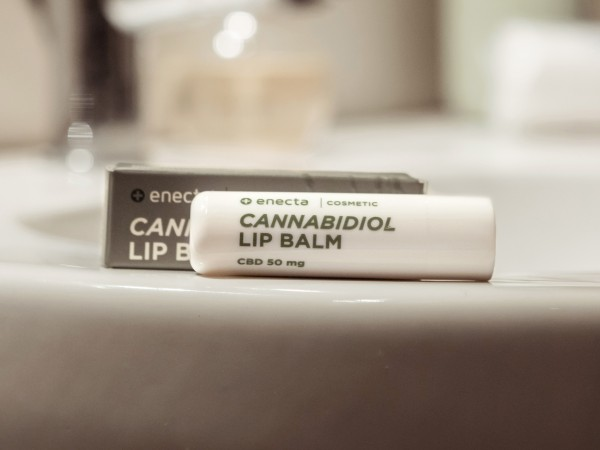 Enecta CBD Lippen-Balsam
